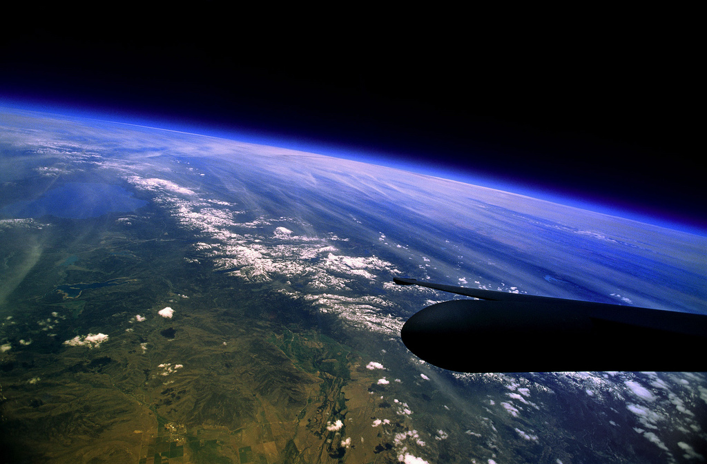 Photo: the western United States, the curvature of the Earth